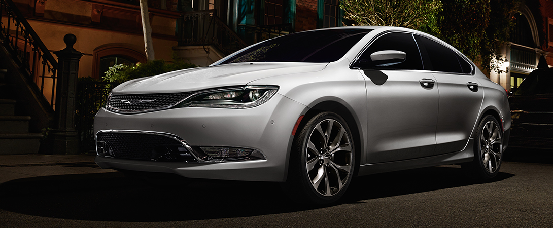 marq_2015_chrysler_200C