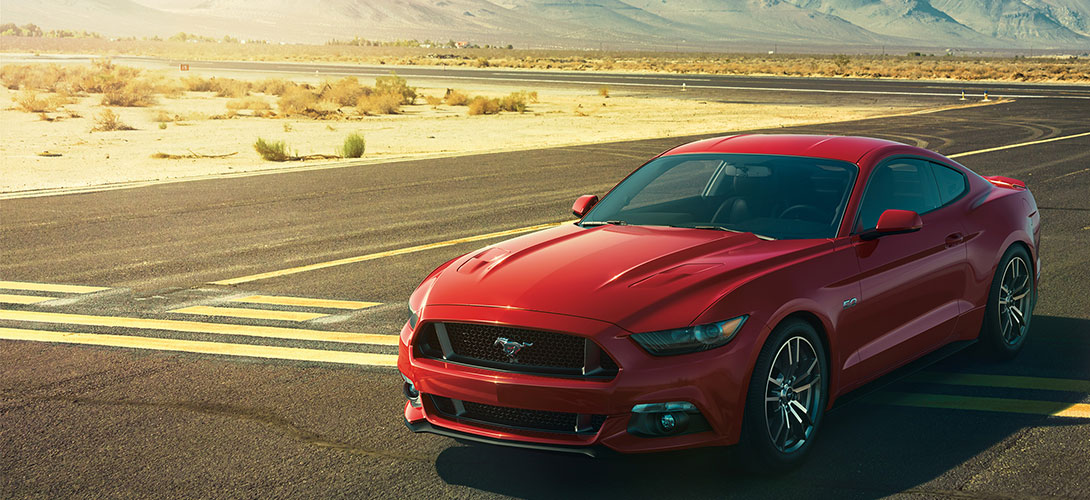 2015-Mustang-GT-Front-With-Mountains