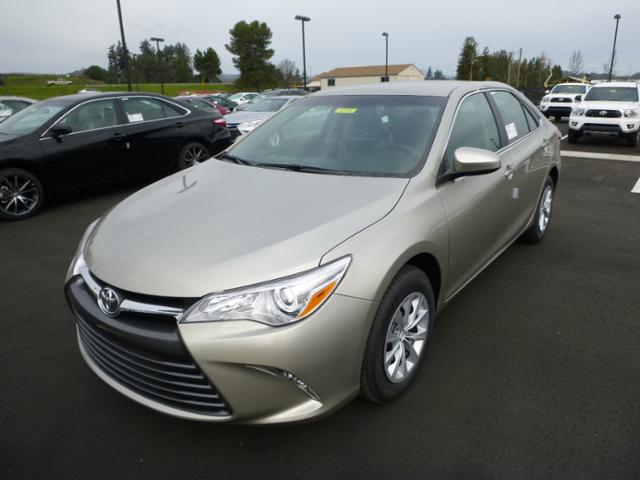 2015 camry le specifications autos post. Black Bedroom Furniture Sets. Home Design Ideas