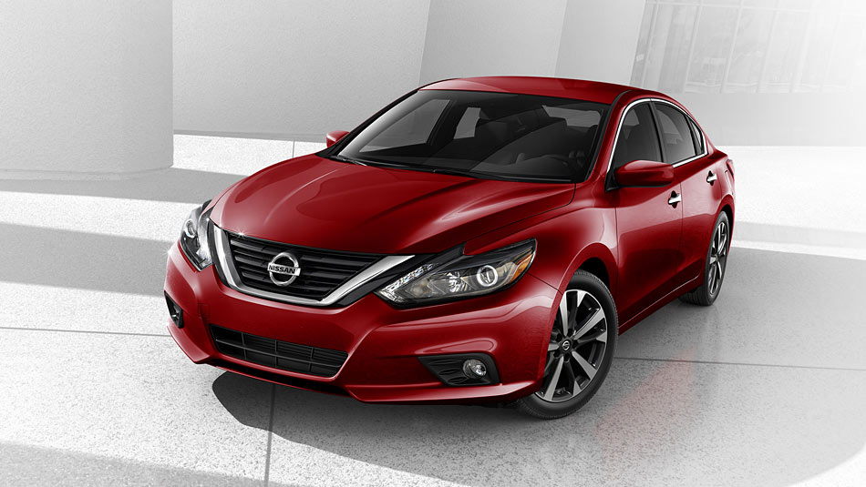 2016-nissan-altima-front-profile
