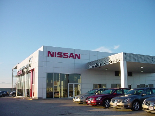 Bates Nissan Dealership Service Bay
