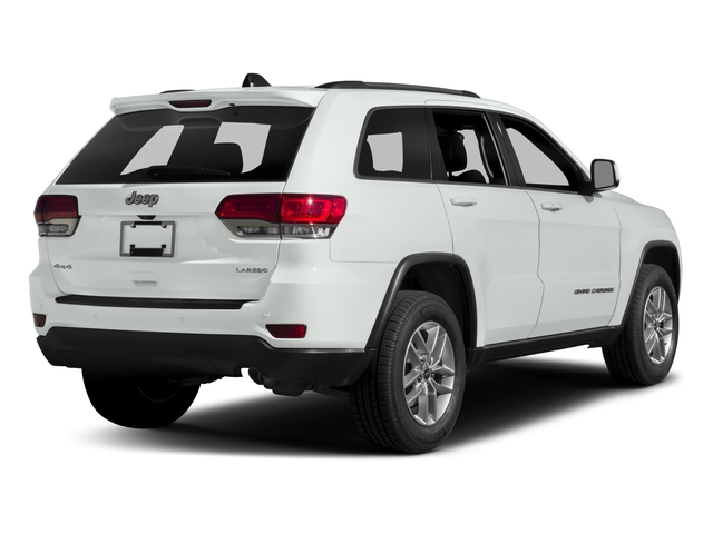 2017 Jeep Grand Cherokee Laredo 4x2