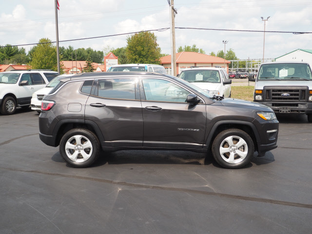 Used 2018 Jeep Compass Latitude with VIN 3C4NJDBB5JT483515 for sale in Saint Cloud, Minnesota