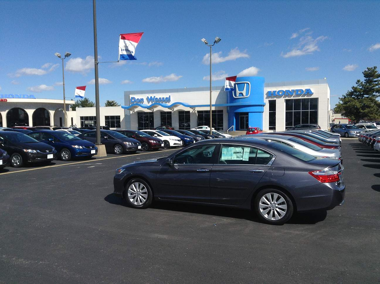 Hours and directions don wessel car dealer springfield mo for Honda dealer springfield