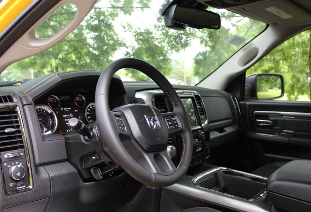 Rumble-Bee-Custom-Interior-Contrast-Stitching.jpg