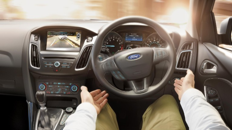 ford-technology-active-park-assist.jpeg
