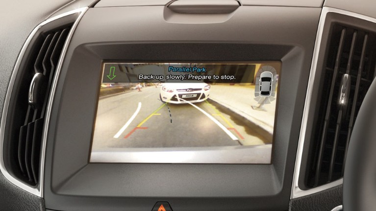 ford-technology-rear-view-camera.jpeg