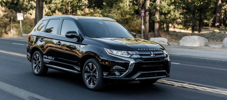 Vehicle Spotlight: 2018 Mitsubishi Outlander PHEV | Bell Mitsubishi | Rahway, NJ