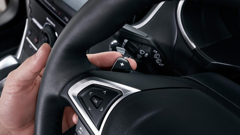 ford-technology-paddle-shifters.jpeg