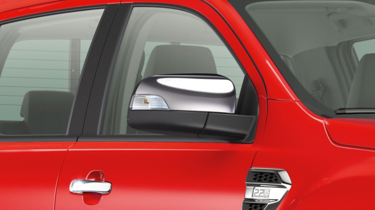 ford-transit-centre-technology-power-foldable-mirrors.jpeg