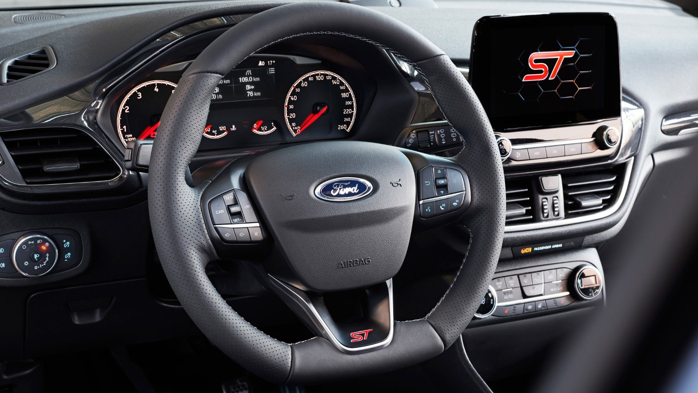 ford-fiesta-st-steering-wheel.jpg