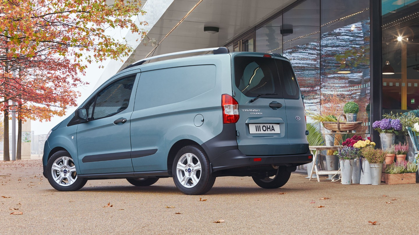 ford-transit-courier-metal-blue.jpg