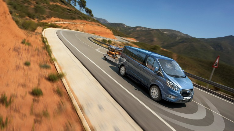 ford-new-tourneo-custom-trailer-sway-control.jpeg