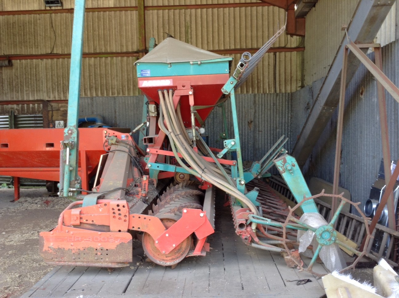 2000 USED IMPLEMENT KUHN POWER HARROW