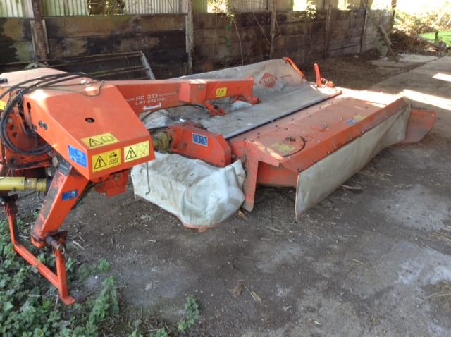 2005 USED MOWER KUHN MOWER CONDITIONER