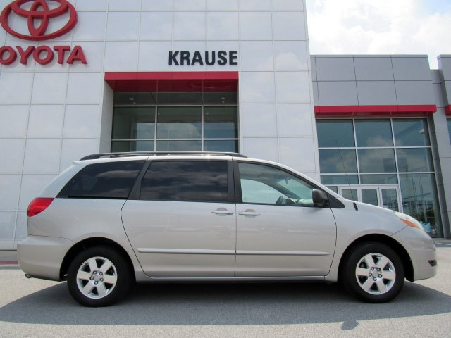 2006 Toyota Sienna 5dr LE FWD 7-Passenger