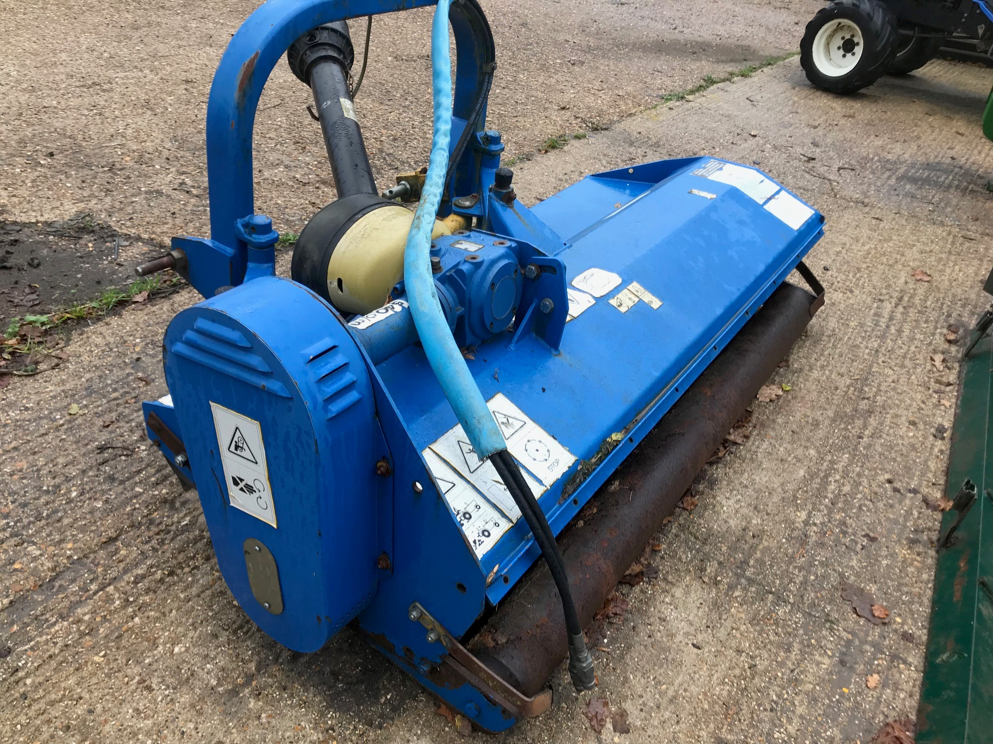 2009 USED MOWER . 5' FLAIL MOWER