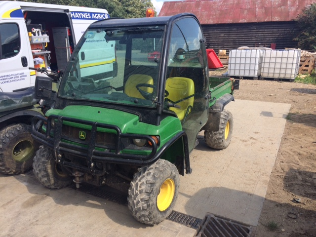2010 USED QUAD . GATOR