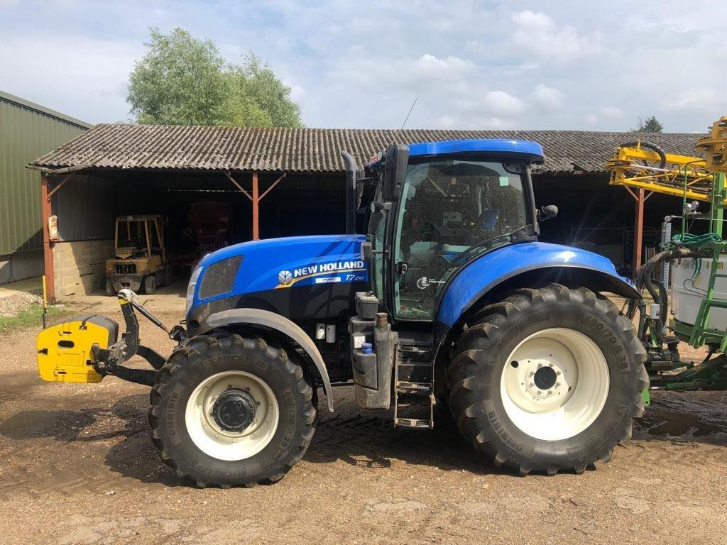 2014 USED TRACTORS NEW HOLLAND TRACTOR 4WD P/COM SW