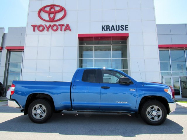 2016 Toyota Tundra 4WD Truck Double Cab 5.7L V8 6-Spd AT SR5