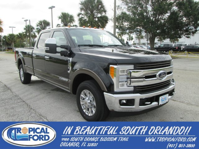 2017 Ford Super Duty F-350 SRW King Ranch 2WD Crew Cab 8' Box