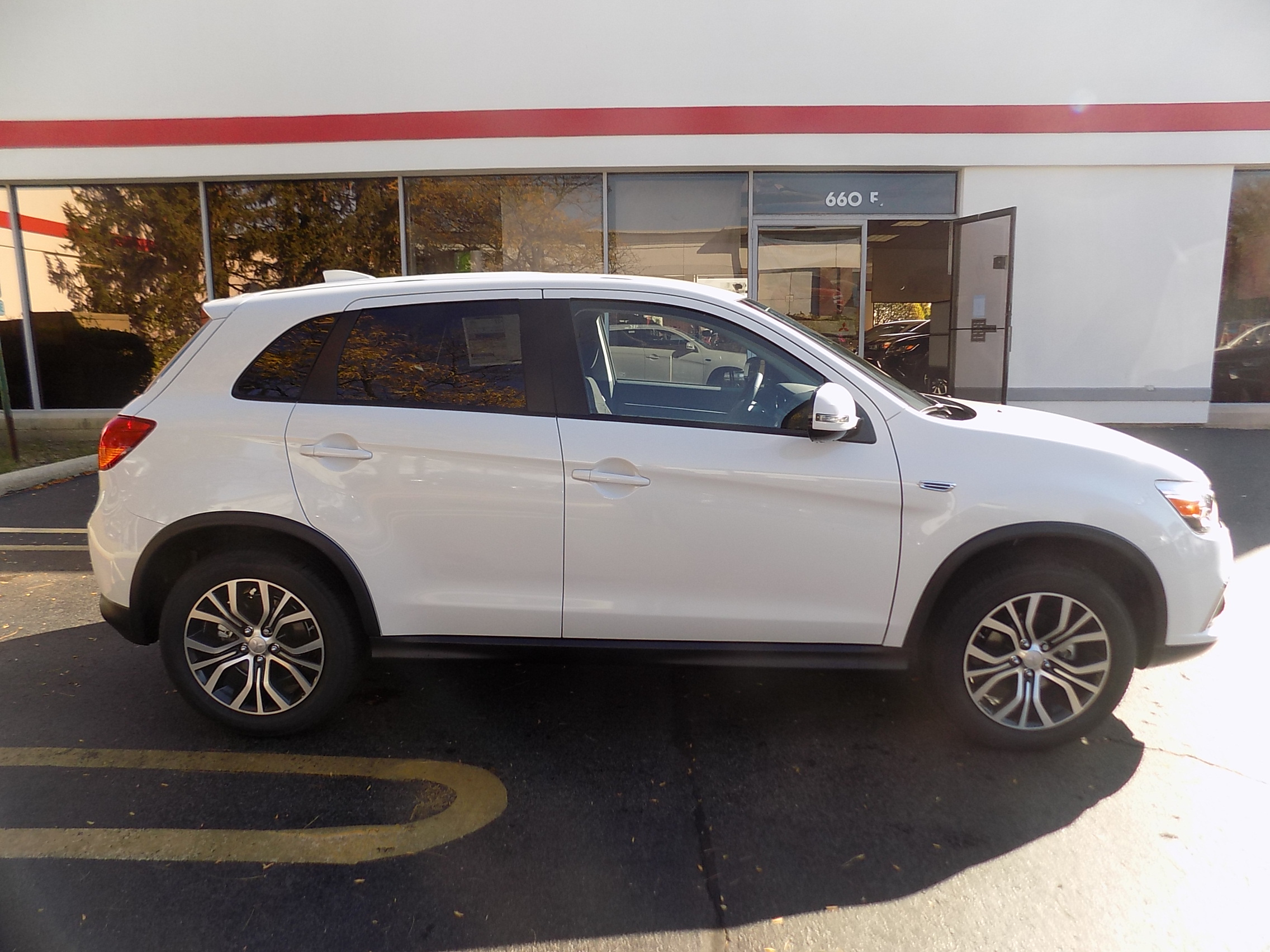 new mitsubishi outlander sport es 2 0 schaumburg mitsubishi. Black Bedroom Furniture Sets. Home Design Ideas