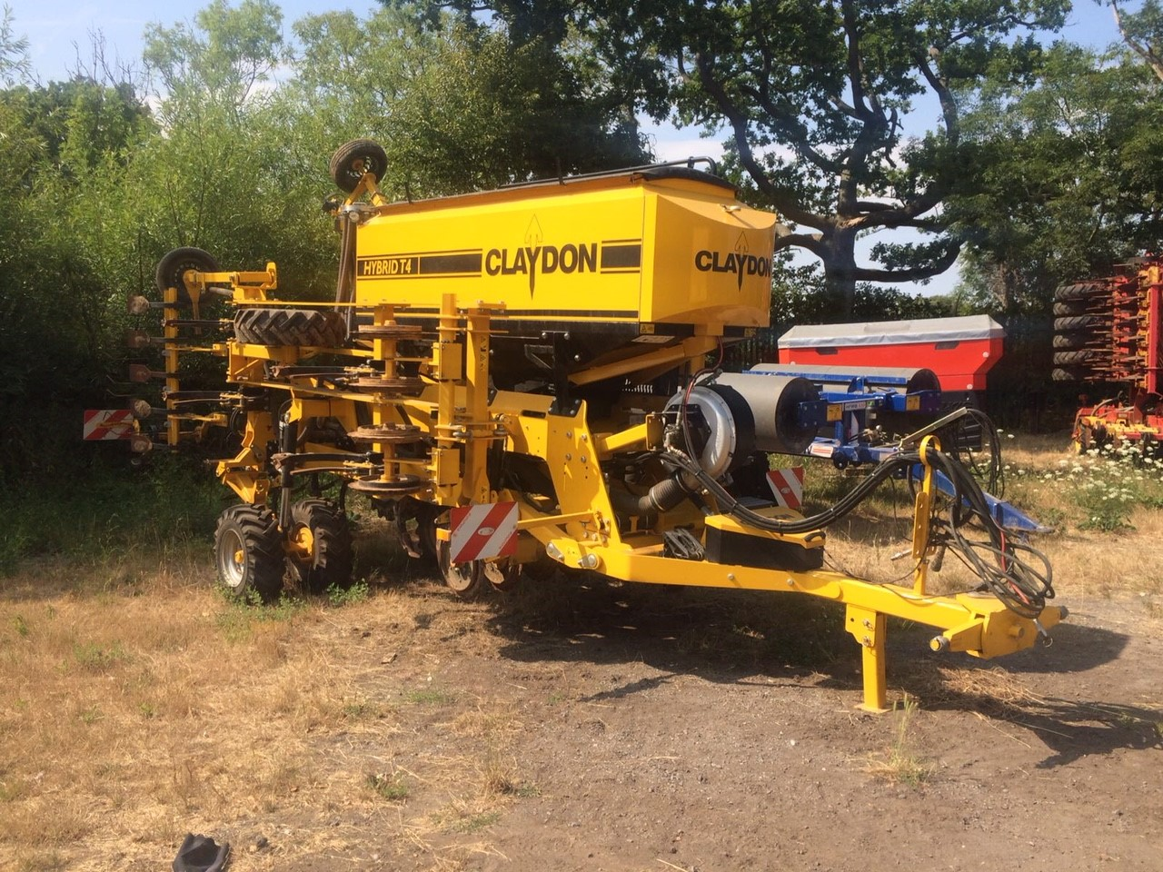 2017 NEW OTHER IMPS CLAYDON HYBRID T4 SEED DRILL