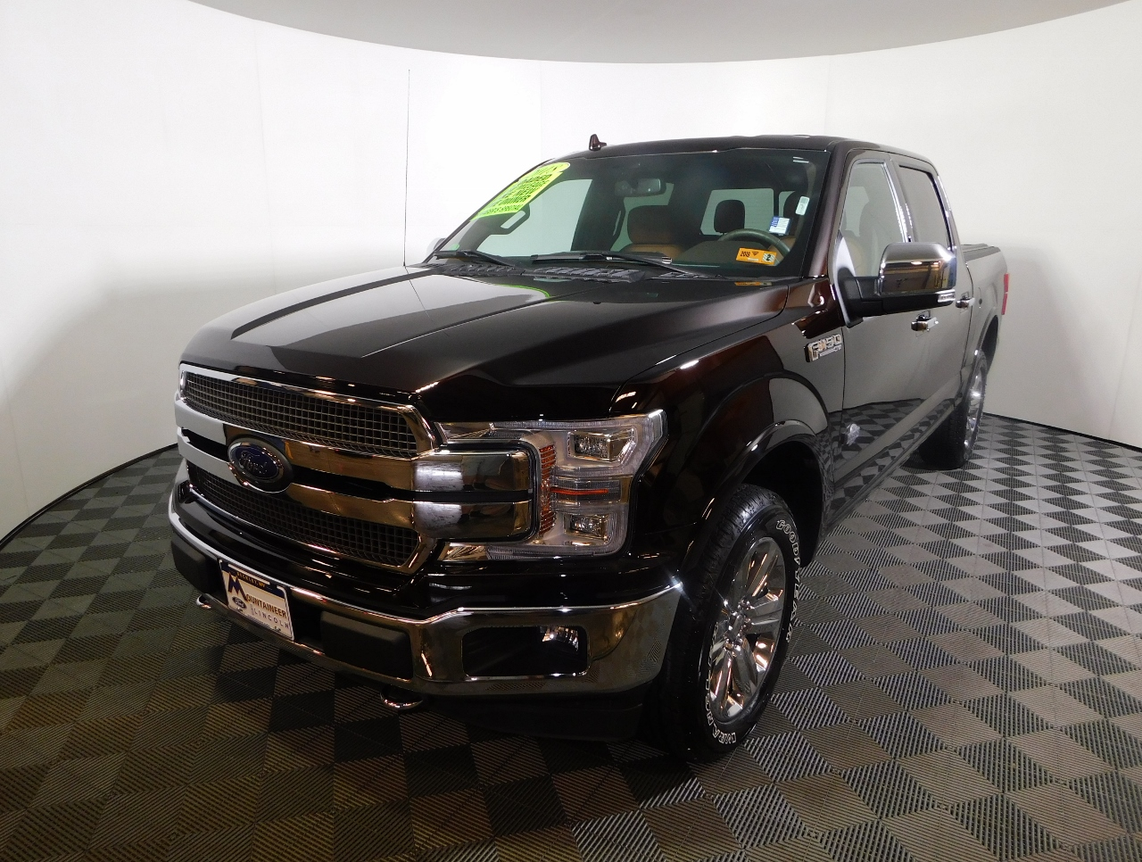 ford ford king ranch wd supercrew  box ftewegjfa mountaineer mitsubishi