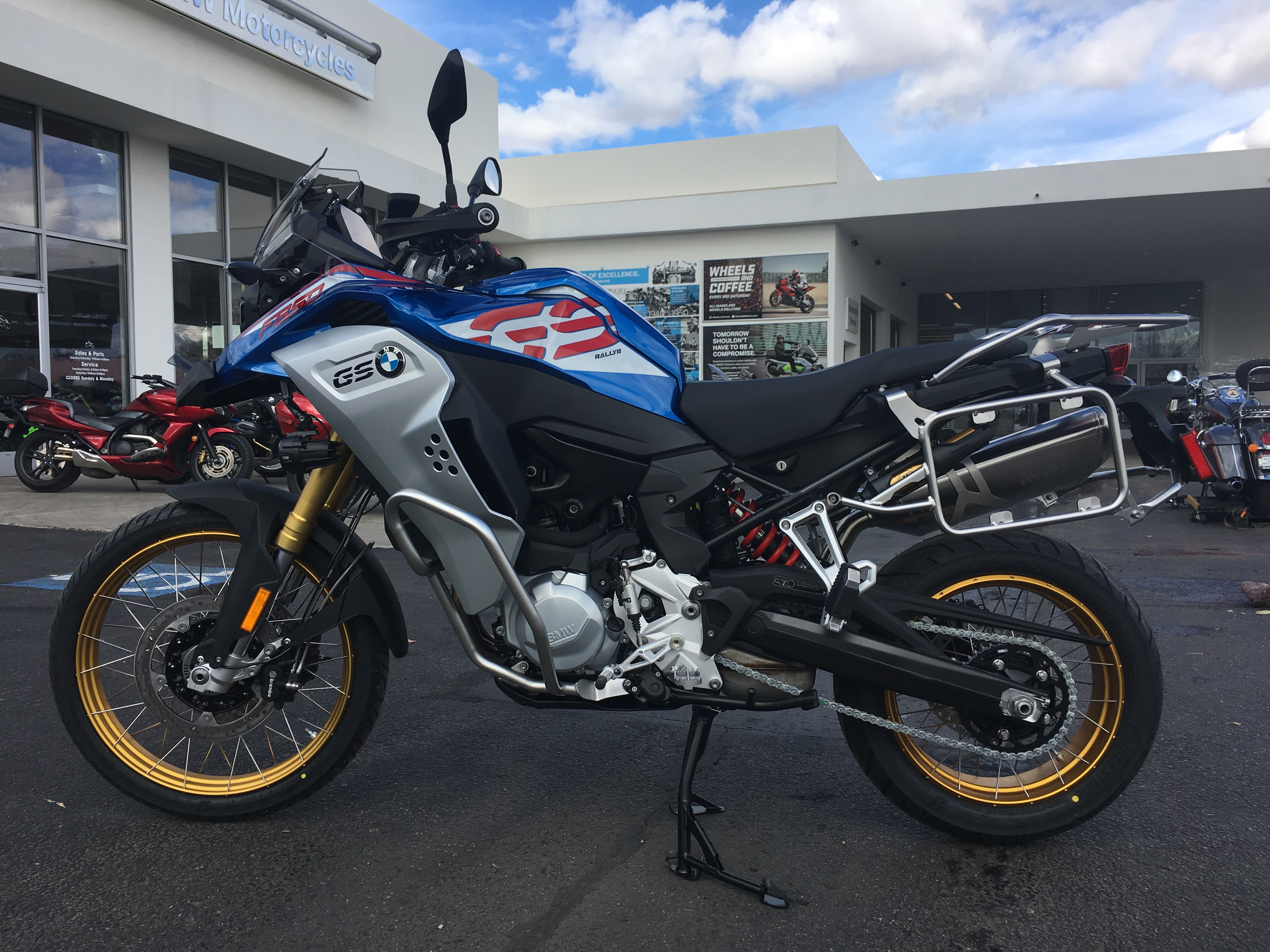 2019 BMW MOTORCYCLES F850GS ADV