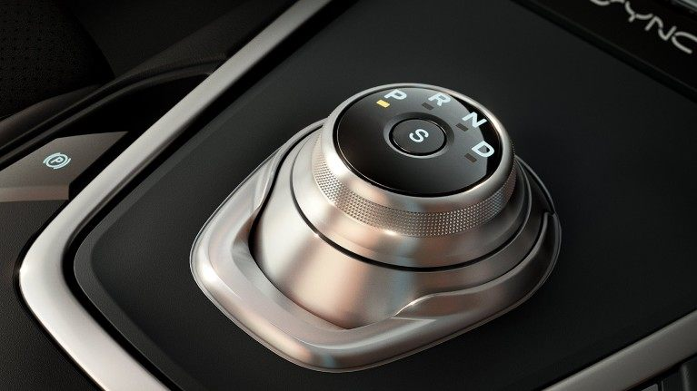 new-ford-edge-rotary-gear-shift-dial.jpeg