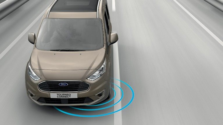 new-ford-tourneo-connect-lane-keeping-system.jpeg