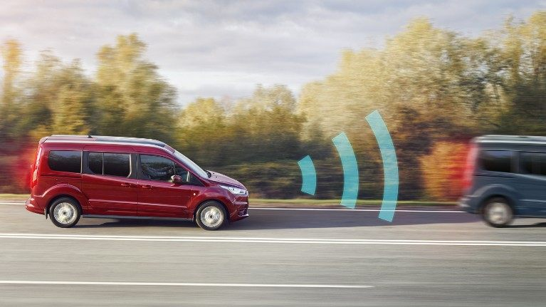 new-ford-tourneo-connect-pre-collision-assist.jpeg
