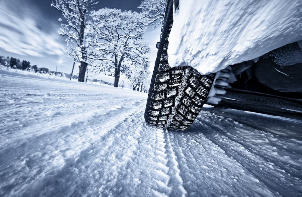 Vehicle driving in Winter | Salmon Arm, BC