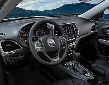 2019 Jeep Cherokee Interior | Downtown Chrysler Dodge Jeep Ram | Toronto, ON