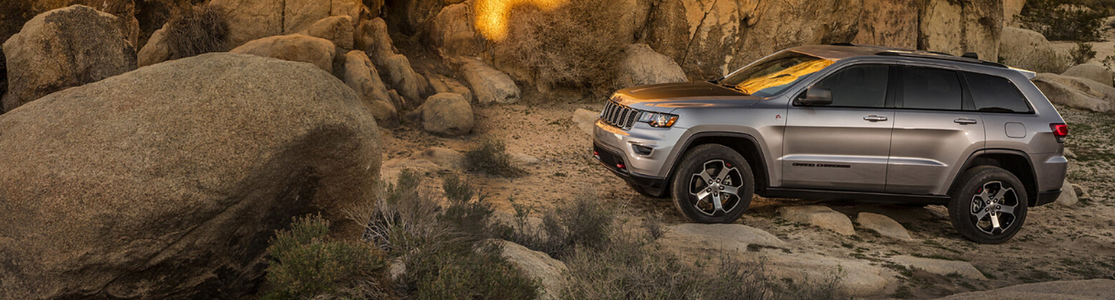 2020 Jeep Grand Cherokee Adventure Features | Toronto, ON