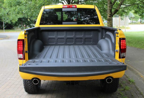 Rumble-Bee-Custom-Bedliner.jpg