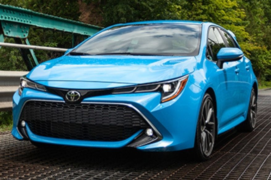 2019 Toyota Corolla Hatchback Pictured