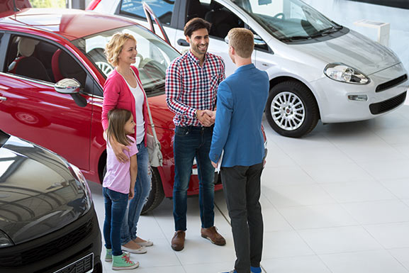 Why Buy Pre-Owned in La Crosse, Wisconsin | Pischke Nissan