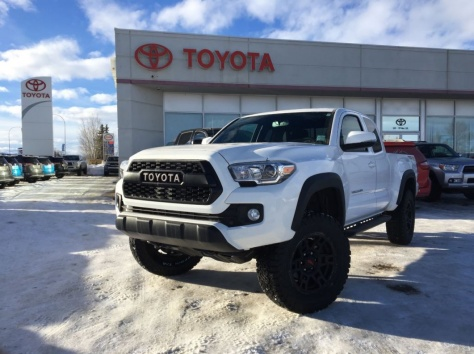 2017 Toyota Tacoma Access Cab TRD Off-Road