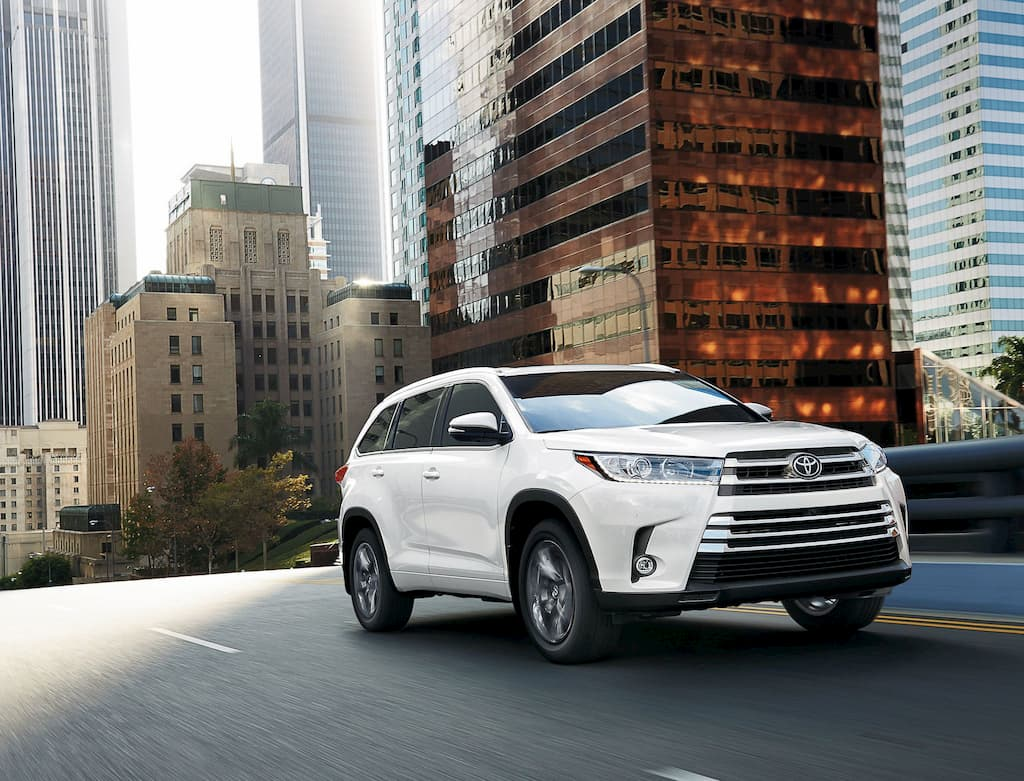 2019 Toyota Highlander Limited | Salmon Arm, BC
