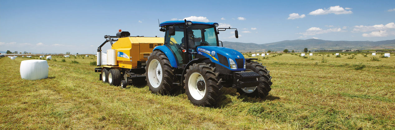 New Holland Tractor Wide 3.jpg