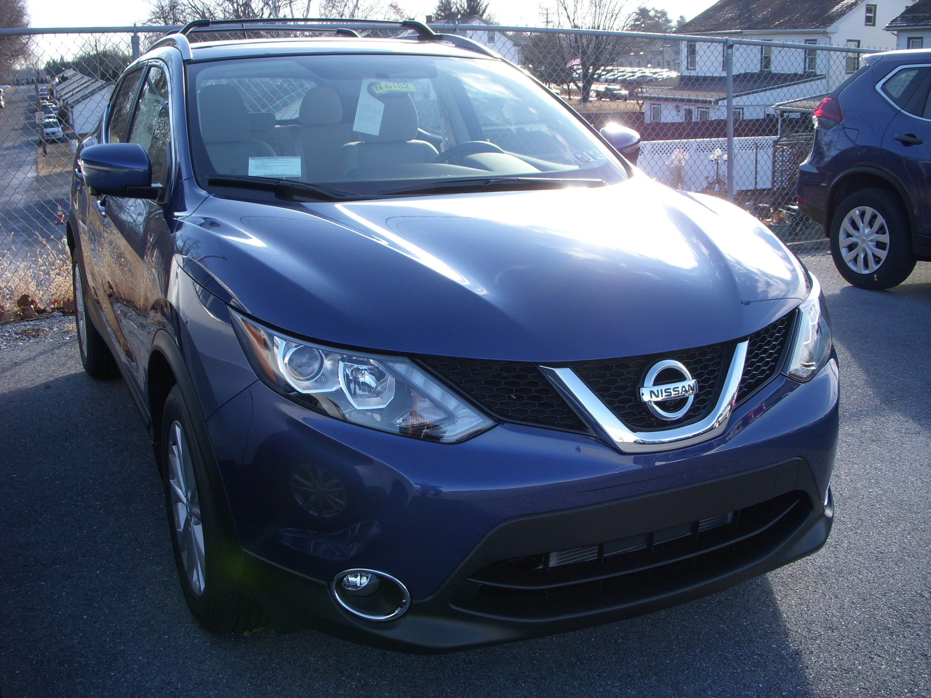 New Nissan Rogue Sport Sv New Gas Jn1bj1cr4jw204338 N6162