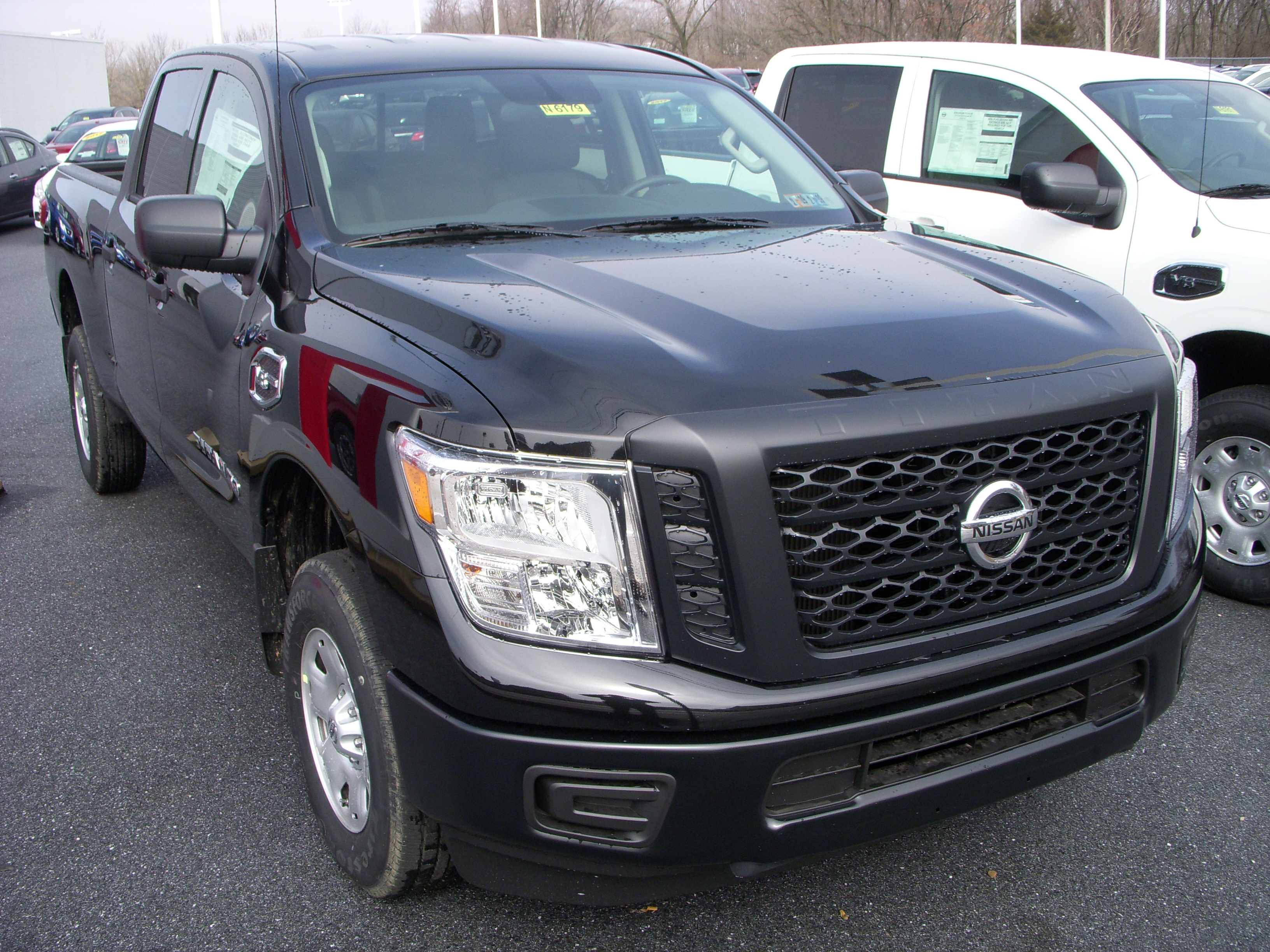new 2018 nissan titan xd s in lebanon pa maguire 39 s nissan. Black Bedroom Furniture Sets. Home Design Ideas