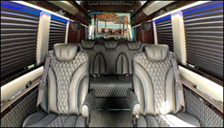 New 2018 Mercedes-Benz Sprinter 2500 RWD 3D Cargo Van