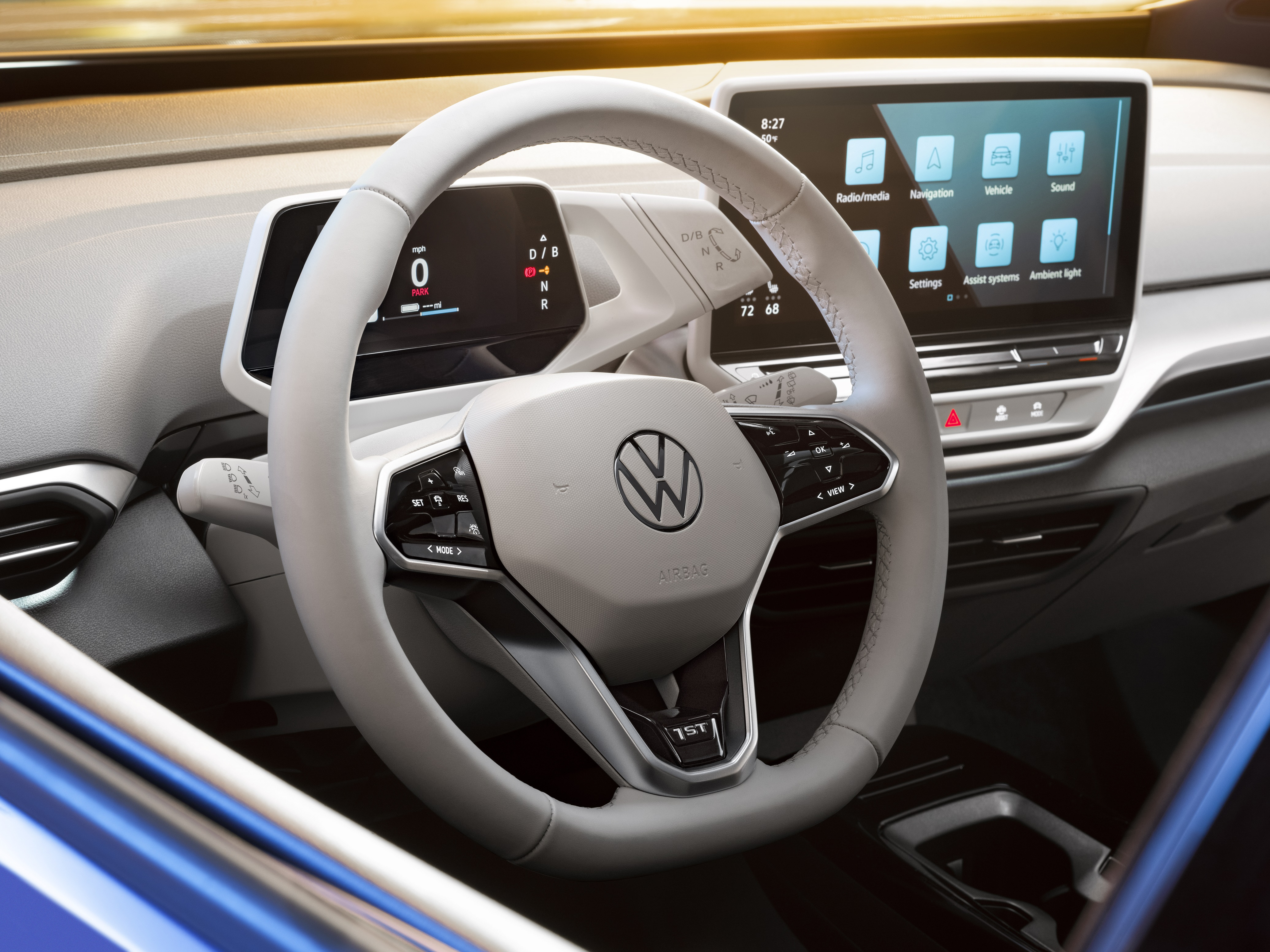 THE VOLKSWAGEN ID.4 EV COMMUNICATES WITH LIGHT