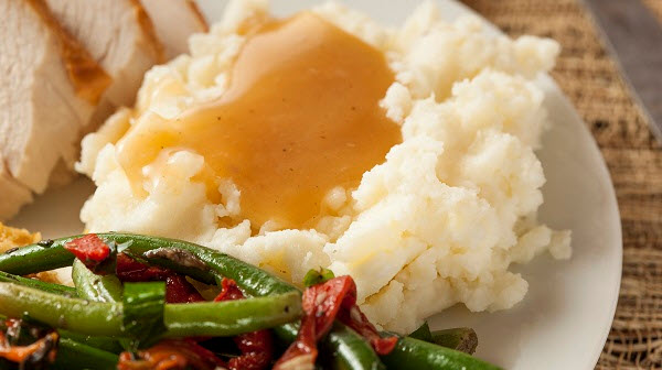 Mashed Potatoes and Green Beans