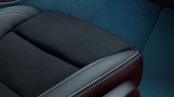 Volvo C40 Recharge leather-free interior