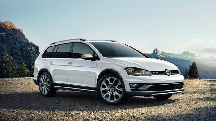 Last Chance to Get a Volkswagen Golf Alltrack and Golf Sportwagen